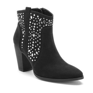 JENNIFER LOPEZ Black Women's Studded Ankle Booties